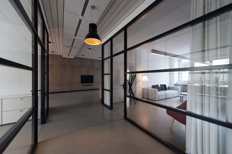 Lukisa Esquadria de Aluminio Bauru Sala comercial com divisoria feita em vidro temperado e esquadria de aluminio Bauru